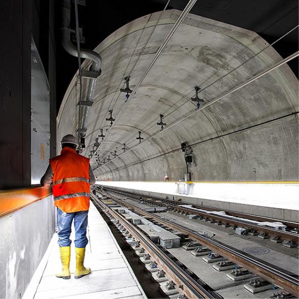 Rail | Tunnel